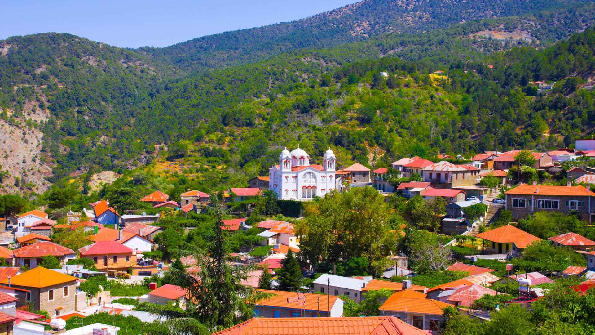 Ο τόπος και οι χοροί του: «Αντρικοί - Αδούλοτοι Κύπρου»