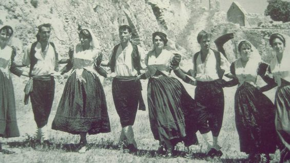 Ο τόπος και οι χοροί του: «Μηλιά»